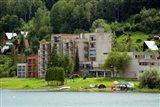 Východniarske more chystá oživenie, pomôcť majú hotelové legendy