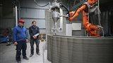 Ve Žďáře vzniká největší farma na 3D tisk betonu, dům zvládne za tři dny